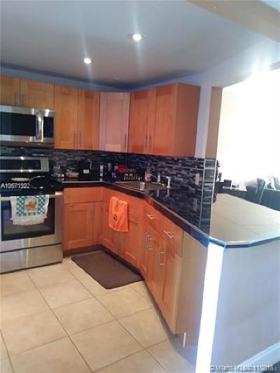 Miami Condo For Sale: 1770 NE 191st St #512-1