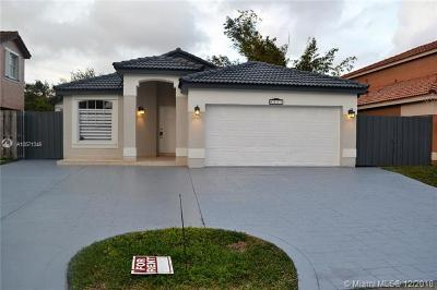 Hialeah Single Family Home For Sale: 8177 NW 201st Ter