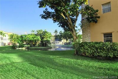 Lauderdale Lakes Condo For Sale: 5051 W Oakland Park Blvd. #302