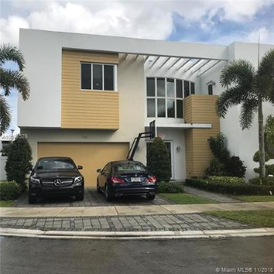Doral Single Family Home For Sale: 7455 NW 101 Pl
