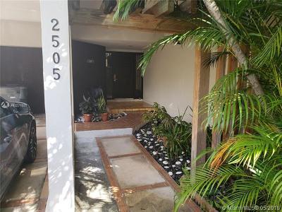 North Miami Single Family Home For Sale: 2505 NE 135th St