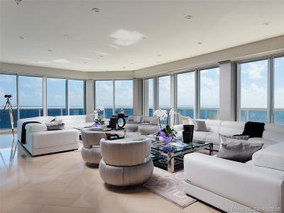 Majestic Towe, Majestic Tower Rental For Rent: 9601 Collins Ave #PH304