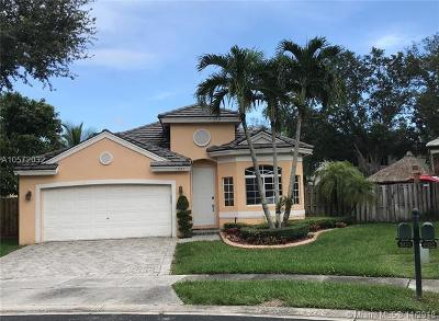 Pembroke Pines Single Family Home For Sale: 1921 NW 99th Ave