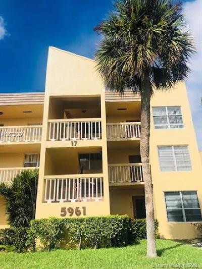 Tamarac Condo For Sale: 5961 NW 61st Ave #212