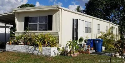 Davie Single Family Home For Sale: 1940 SW 85th Ave