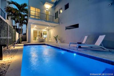 Doral Single Family Home For Sale: 10593 NW 67th Ter