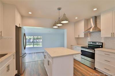 Miami Springs Single Family Home For Sale: 332 Minola Dr