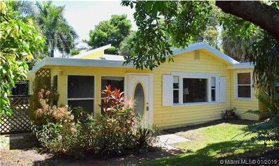 Delray Beach Single Family Home For Sale: 730 S Lake Ave