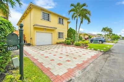 Miami Single Family Home Pending Sale: 10503 SW 161st Pl