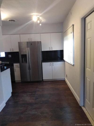 Hollywood Single Family Home For Sale: 3430 Arthur St
