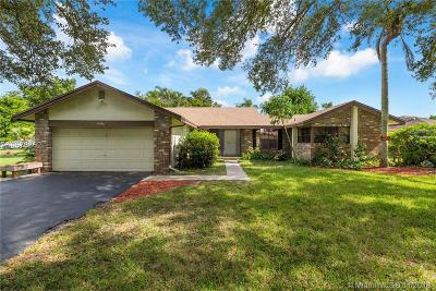 Coral Springs Single Family Home For Sale: 4461 NW 113th Ter