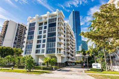 Miami Condo For Sale: 1440 Brickell Bay Dr #905