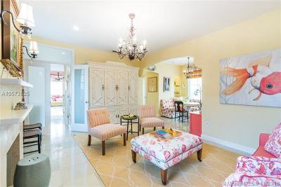 Miami Beach Condo For Sale: 1570 Meridian Av #7