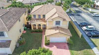 Doral Single Family Home For Sale: 4612 NW 94th Ct