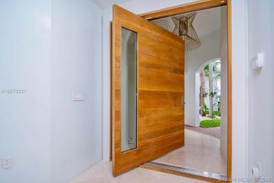Miami Single Family Home For Sale: 1662 NE 196th St
