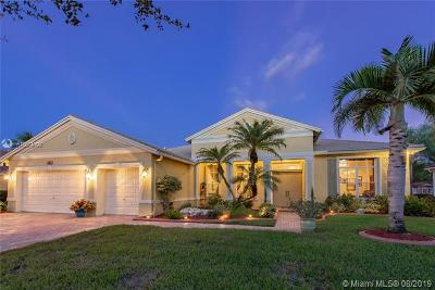 Cooper City Single Family Home For Sale: 4886 Tropicana Ave