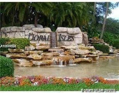 Doral FL Condo For Sale: $339,900