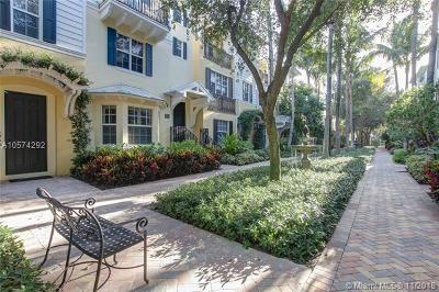 West Palm Beach Condo For Sale: 308 N Bromeliad