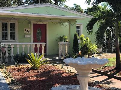 Fort Lauderdale Single Family Home For Sale: 134 SW 22nd Ter