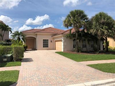 Royal Palm Beach Single Family Home For Sale: 151 Bella Vista Way