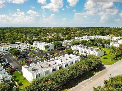 West Palm Beach FL Condo For Sale: $150,000