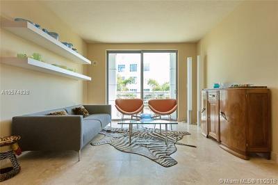 Miami Beach Condo For Sale: 110 Washington Ave #1505