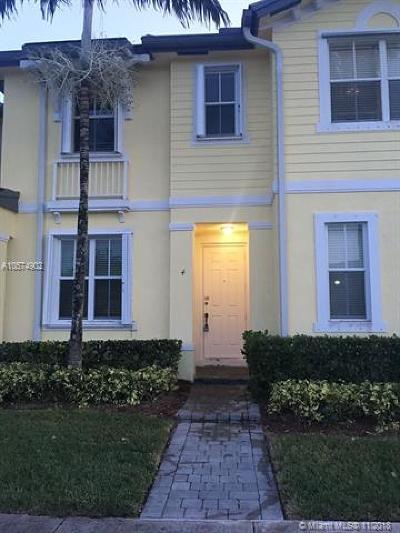 Homestead Condo For Sale: 2928 SE 2nd St #4