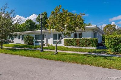 Miami Beach Single Family Home For Sale: 8040 Cecil St