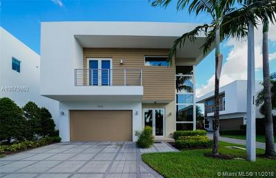 Doral Single Family Home For Sale: 7435 NW 97th Ct