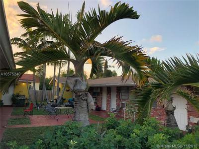 Hallandale Multi Family Home For Sale: 417 NE 3rd Ave