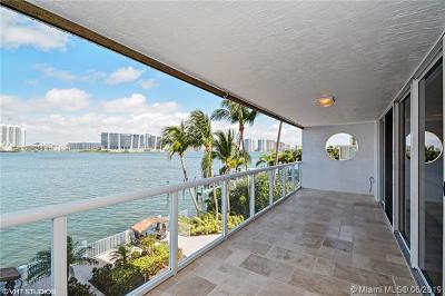 Sunny Isles Beach Condo For Sale: 17700 N Bay Rd #301