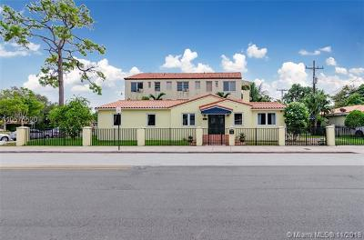 Coral Gables Single Family Home For Sale: 104 Boabadilla St