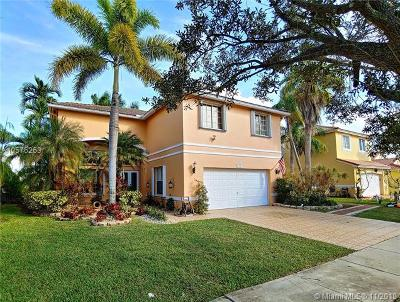 Pembroke Pines Single Family Home For Sale: 331 SW 190th Ave