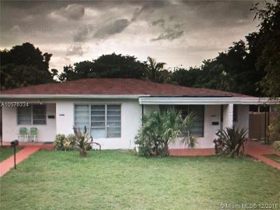 North Miami Beach Multi Family Home For Sale: 16900 NE 23rd Ave
