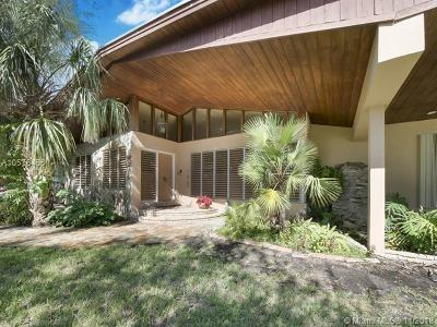 Pinecrest Single Family Home For Sale: 7345 SW 133rd Ter