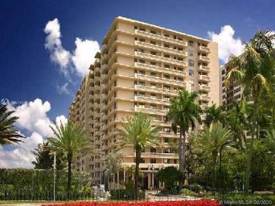 Bal Harbour Condo For Sale: 10185 Collins Ave #312