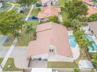 Cooper City Single Family Home For Sale: 11335 SW 58th Court