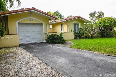 Coral Gables Single Family Home For Sale: 5512 Sardinia St