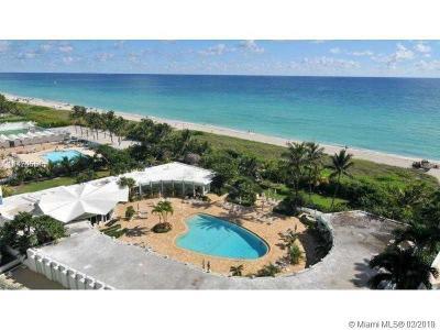 Miami Beach Condo For Sale: 5025 Collins Ave #2106