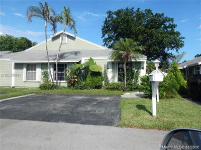 Davie Single Family Home For Sale: 970 SW 111th Way