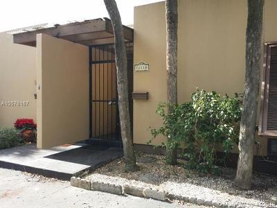 Miami Lakes Single Family Home For Sale: 16118 Kilmarnock Dr