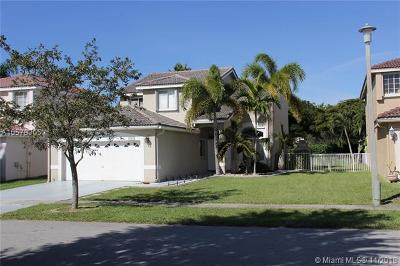 Pembroke Pines Single Family Home For Sale: 940 SW 177th Way