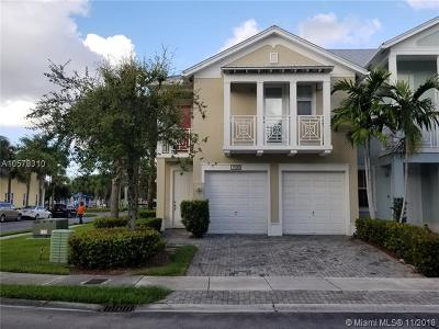Doral Condo For Sale: 7500 NW 107th Pl #7500