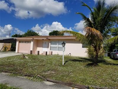 Delray Beach Single Family Home For Sale: 2047 SW 13th St