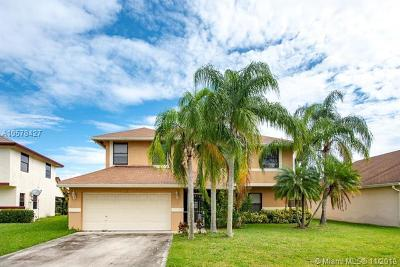 Boca Raton Single Family Home Active Under Contract: 22554 Blue Marlin Drive