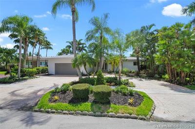 North Miami Single Family Home For Sale: 13055 Arch Creek Ter