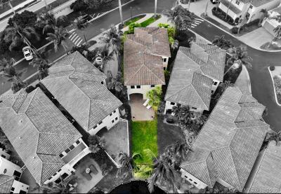 Aventura Single Family Home For Sale: 3020 NE 208th St