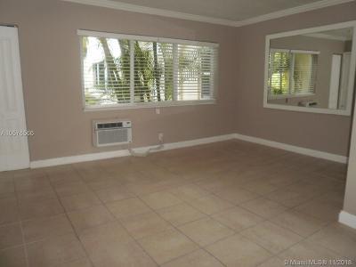 Anthony Gardens, Anthony Gardens Condo Rental For Rent: 10074 E Bay Harbor Dr #74A