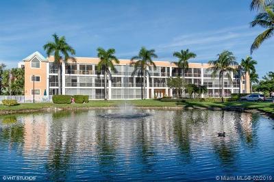 Dania Beach Condo For Sale: 75 Gulfstream Rd #111B
