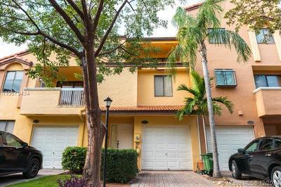 Miami-Dade County Condo For Sale: 21388 Marina Cove Cir #12-G
